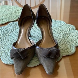 D'Orsay pumps with bow almost like new